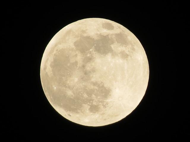 A Hold hatása testre-lélekre